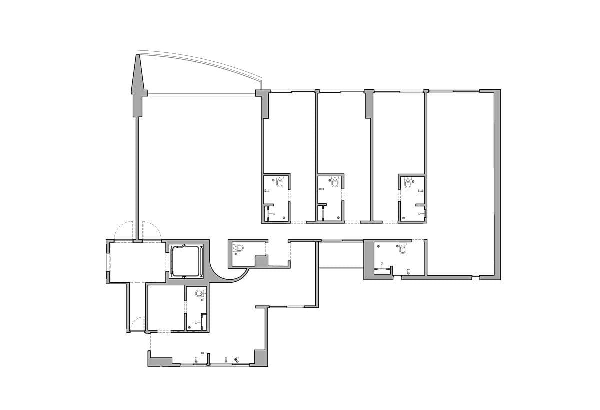 a planta baixa do andar inferior  —  antes das obras