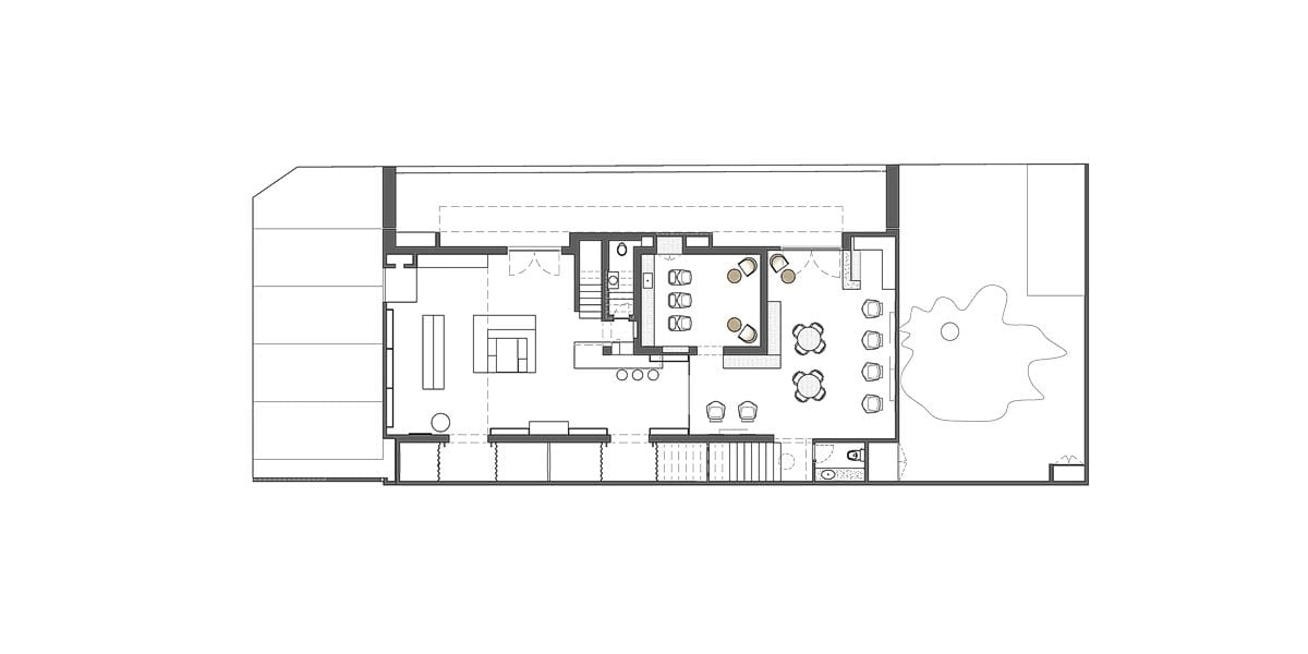 a planta baixa  —  a área é de 230.00 m2