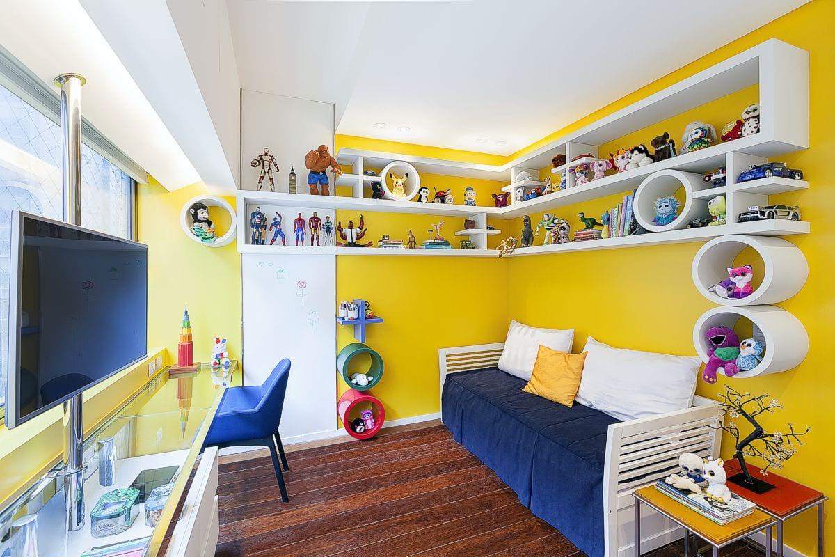 a atmosfera antenada e casual faz a arquitetura para um amplo apartamento — em breve na galeria de arquitetura residencial